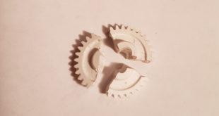 сломанная шестерня зеркала мазда 6 gj