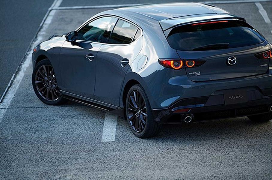 Mazda 3 не успела выйти, а уже отзывная