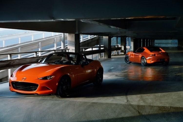 1 - Компания Mazda празднует 30-летие популярного родстера MX-5 Miata