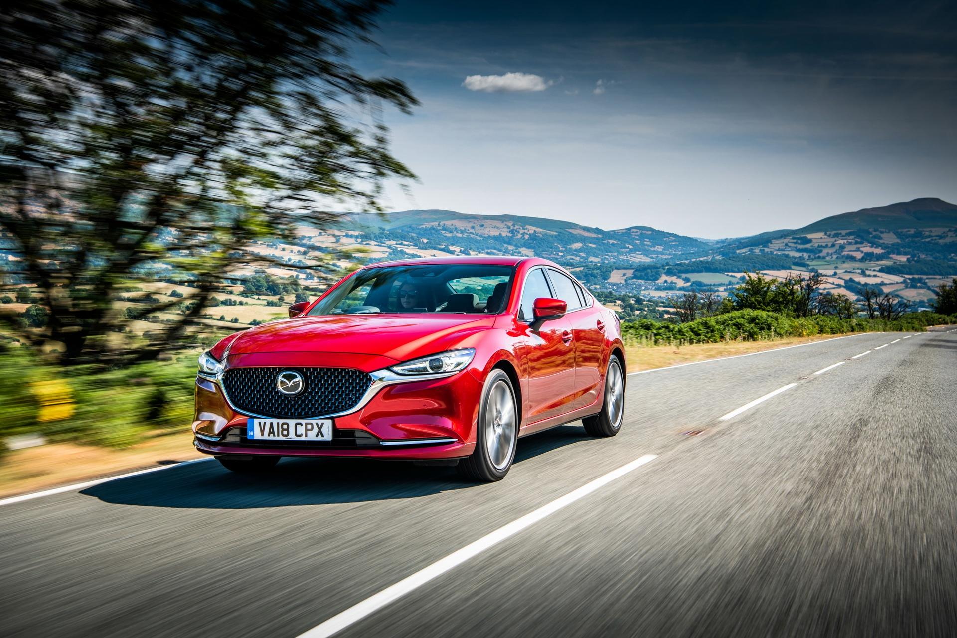 Mazda работает над двигателем с двойным наддувом