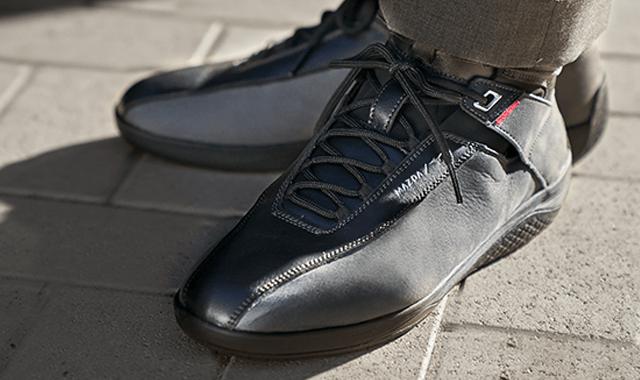 Фирменная обувь Mazda для вождения